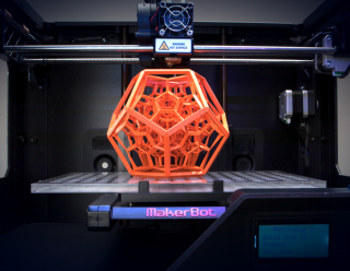 Meccanismo-Complesso-Stampa-3D-Makerbot